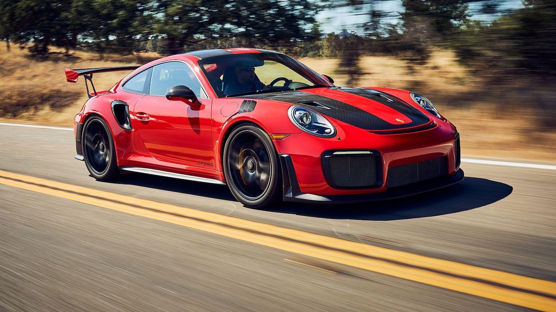 Porsche 911 Gt2 Rs 2018 Motor Trend Best Driver S Car Contender Porsche 911 Gt2 Porsche 911 Gt2 Rs Porsche 911