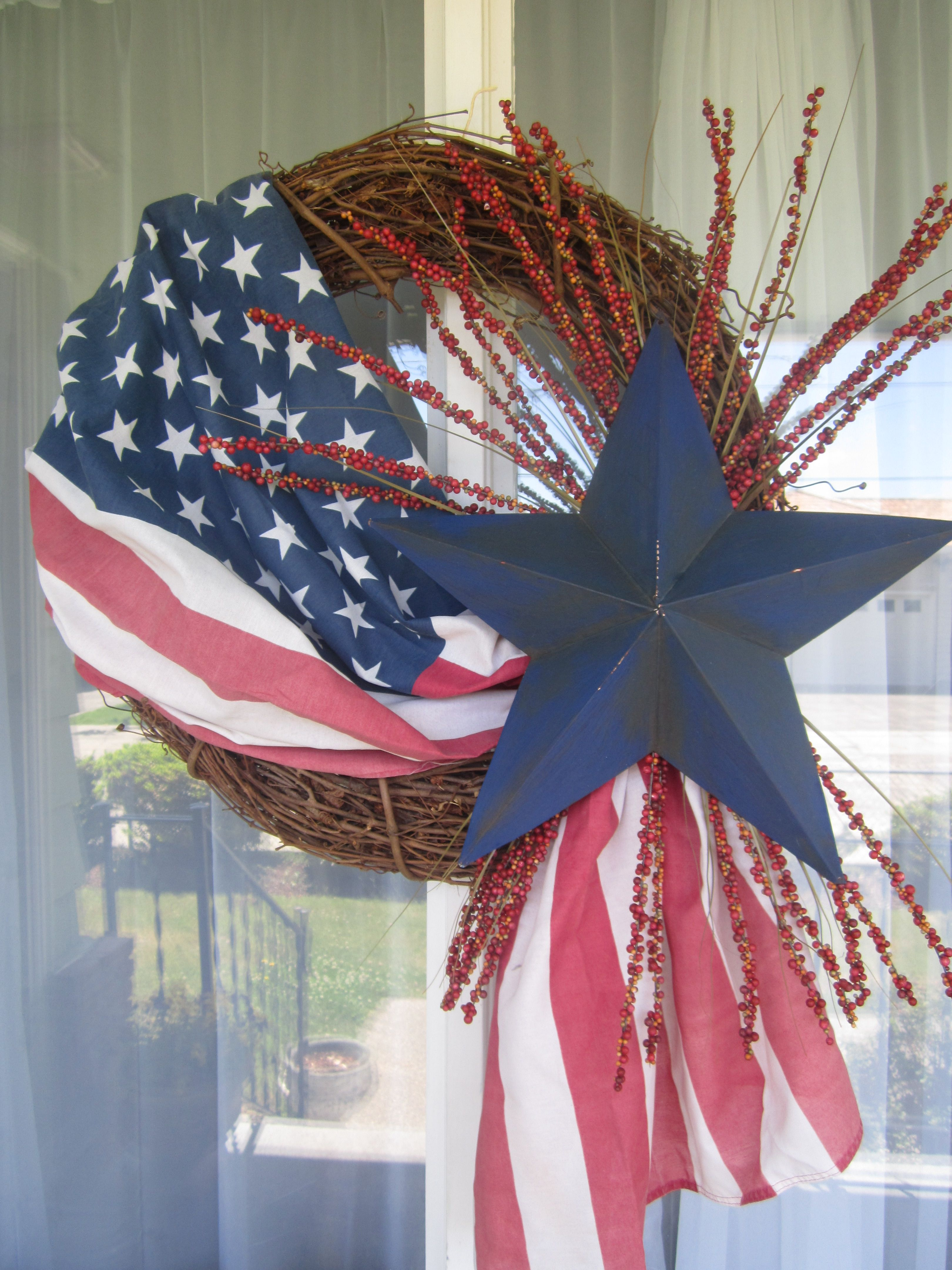 4th Of July Wreath Details Valthecraftygal Blogspot Com Fourth Of July Decor 4th Of July