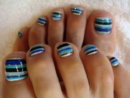 Beautiful Toenail Inspiration - Blue and White Stripes If you have a ...