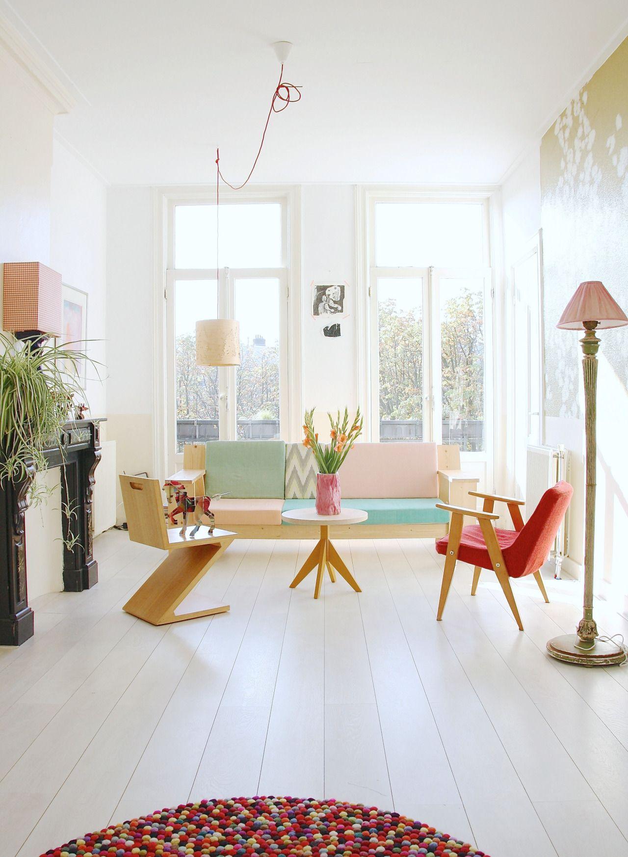 Light pastel coloured living room via Avenue Lifestyle