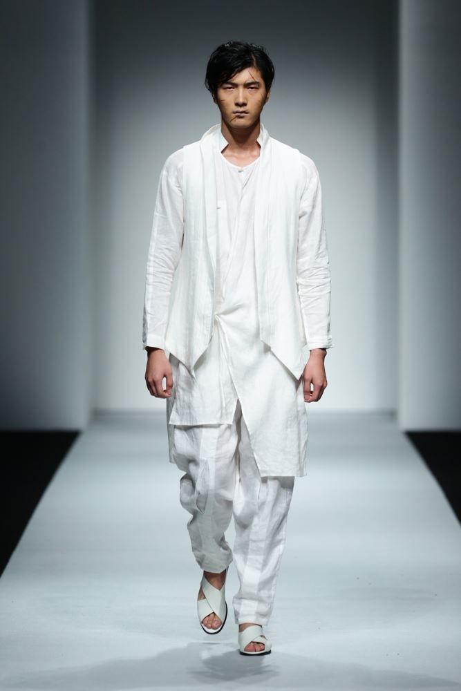 Sun Lin Spring Summer 2016 Primavera Verano - Shanghai Fashion Week - #Menswear #Trends #Tendencias #Moda Hombre - M.F.T.