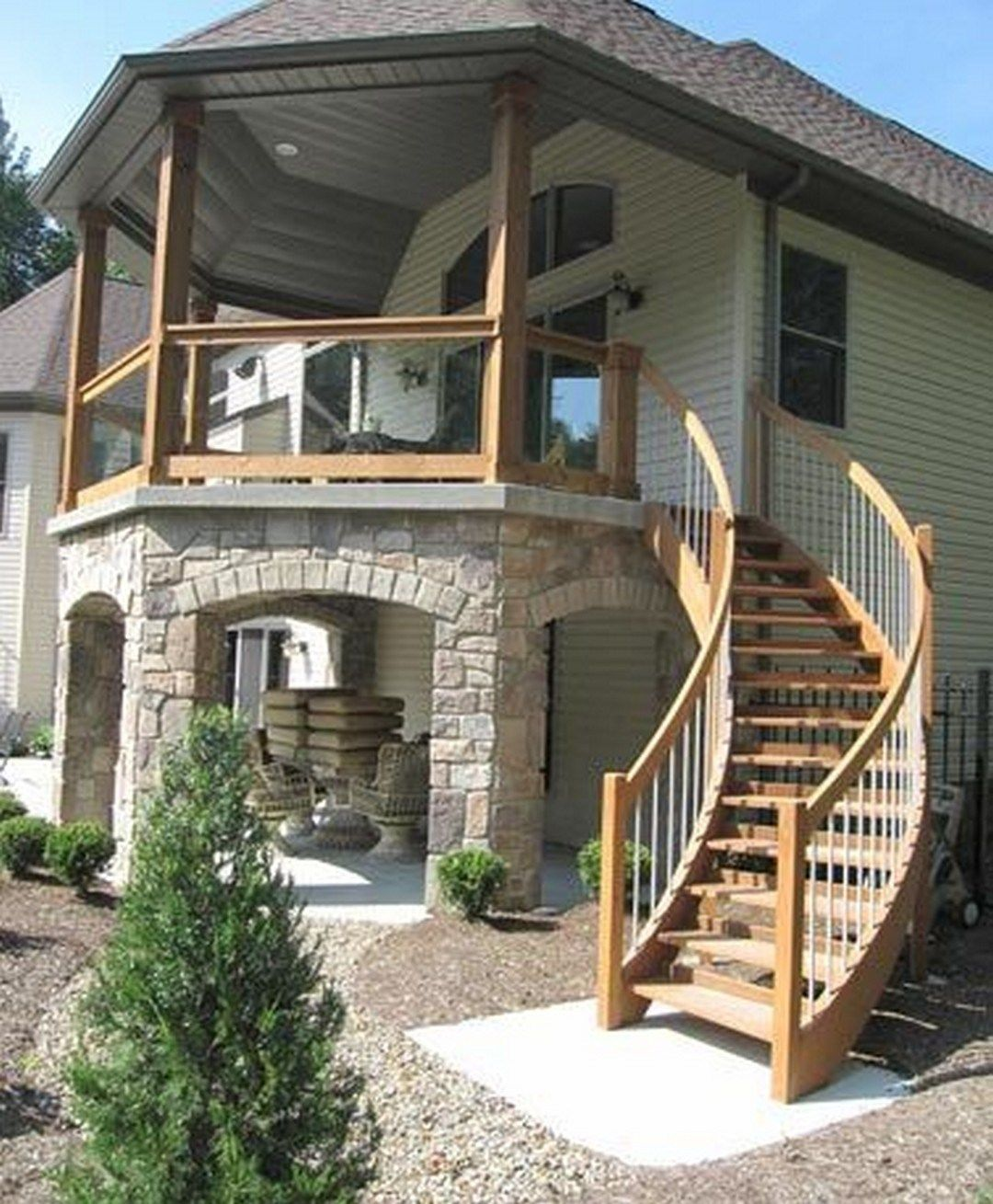 Best Second Floor Deck With Screened In Porch Design And Stairs 400 x 300