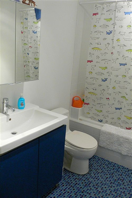 Relaxing Bathroom Decorating Ideas Part - 16: Enjoying And Relaxing Modern Young Kidu0027s Bathroom Decorating Ideas