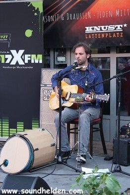 Desmond bei den Knust Acoustics 27.08.2014