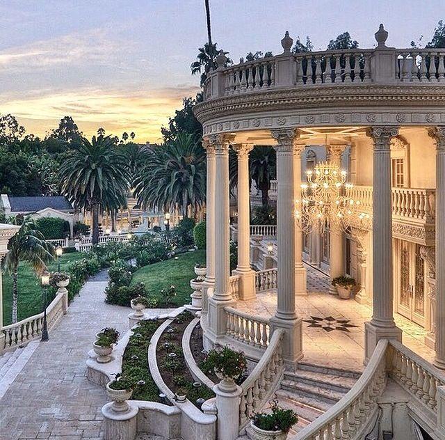 Dream Homes Los Angeles: Location: Los Angeles, California