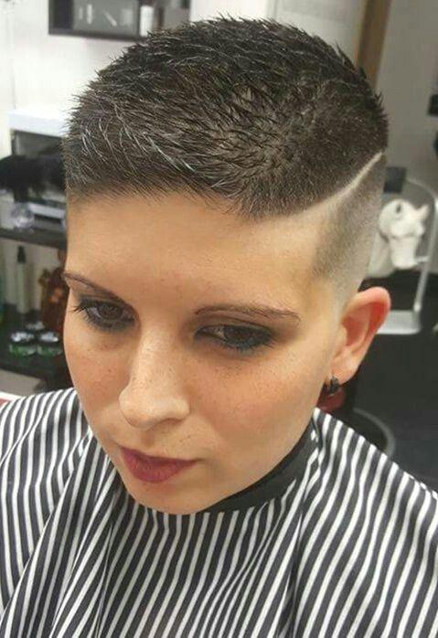 hairdare Côtés rasés en 2019 Coupe de cheveux courte