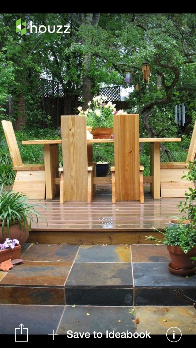 Pin by Hil on EXTERIOR HOME | Spring porch decor, Patio ...