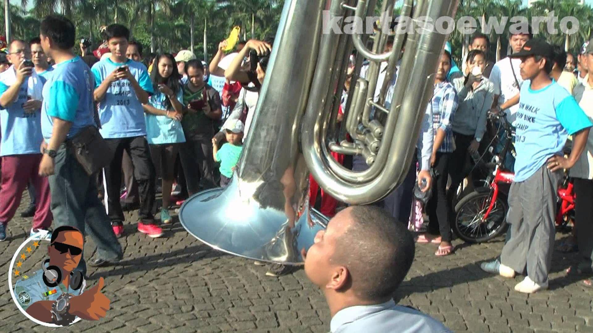 STIP Jakarta Marching Band Monas 2013 PAGI YANG INDAH MENJELANG AKHIR PEKAN PANJANG YANG LEBIH PANJANG TETAP SEMANGAT DAN JAGA STAMINA SELAMAT