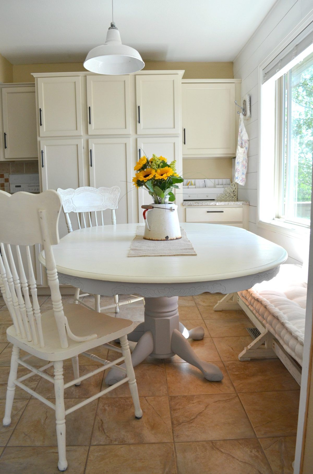 Diy chalk painted farmhouse style table painted dining