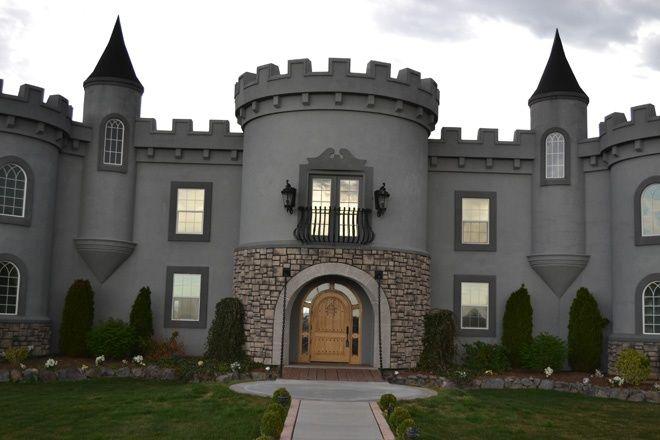 Castle Inspired Homes Best Ideas About Castle Schlosser Half Castle And Castle Castle House Castle Small Castles