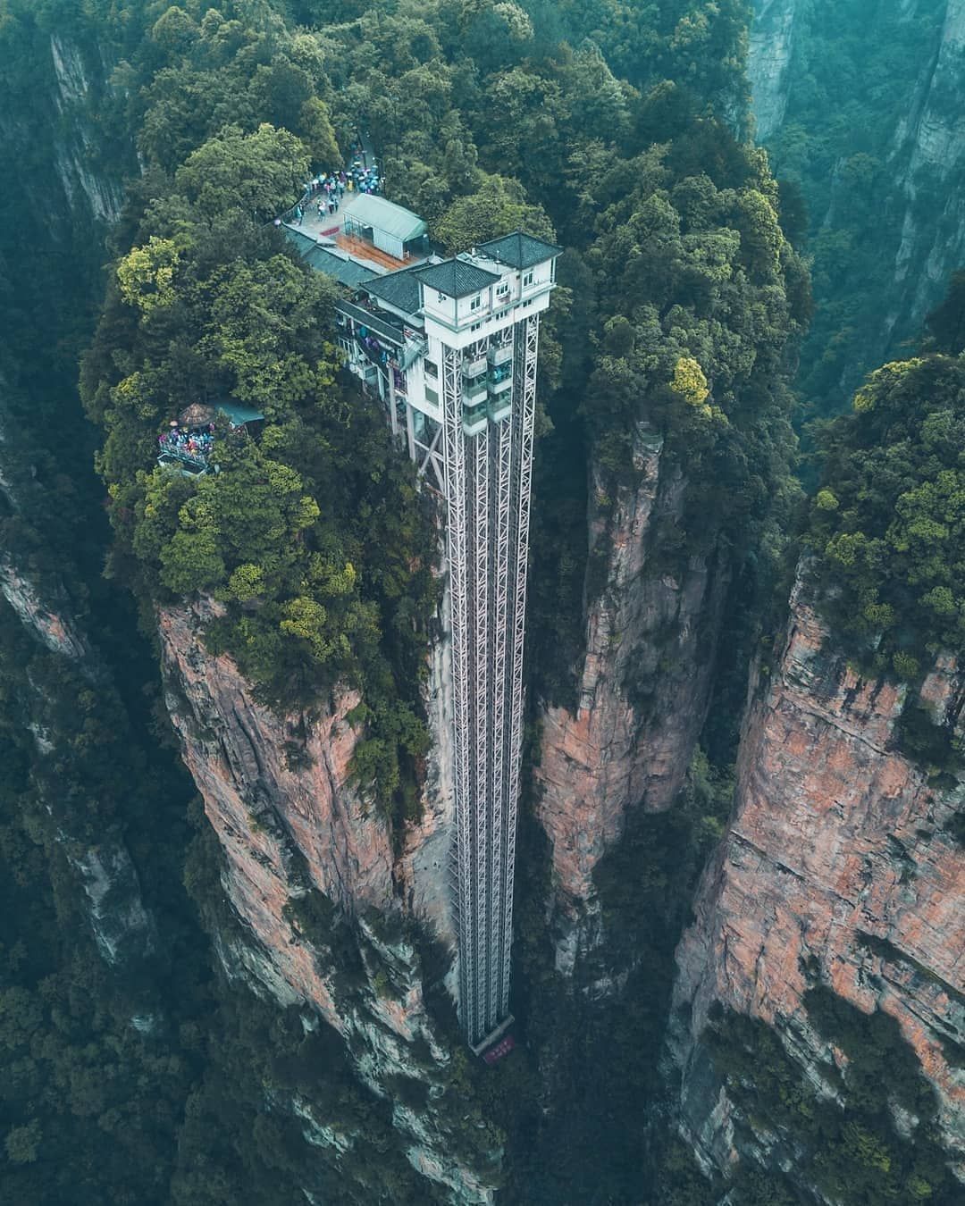 4 345 Me Gusta 40 Comentarios Chinasights En Instagram Did You Know That The Bailong Elevator Is Officially T Zhangjiajie Travel Family Vacation Planning