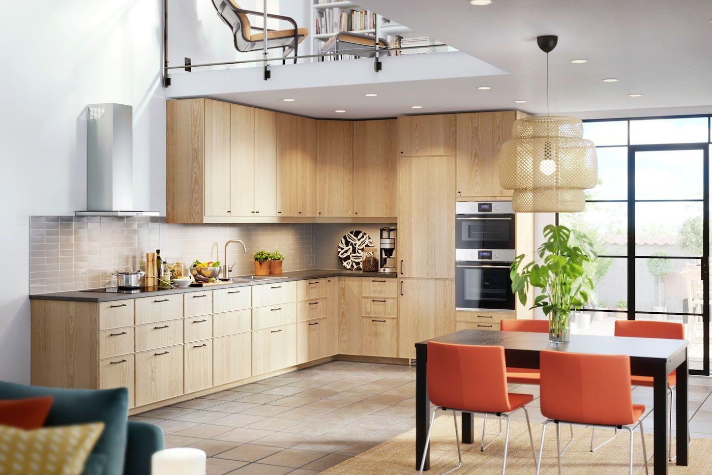 ett modernt k k med ekestad k kslucka i ljus ek vaskerom pinterest villas and kitchens. Black Bedroom Furniture Sets. Home Design Ideas