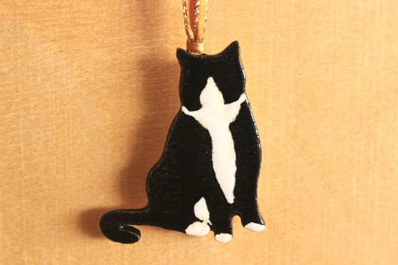 Cute Handmade Stoneware Strung B&W TUXEDO CAT by potterygal66