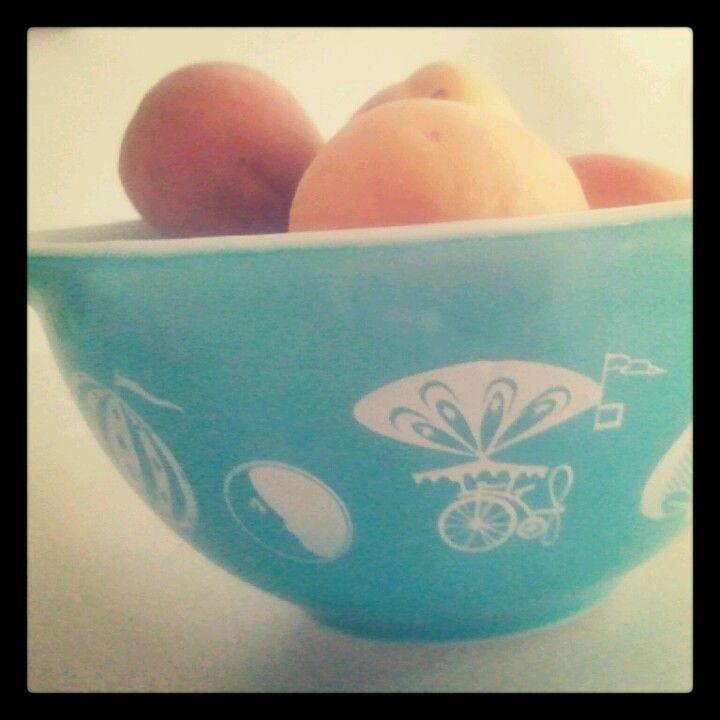 Pyrex n peaches