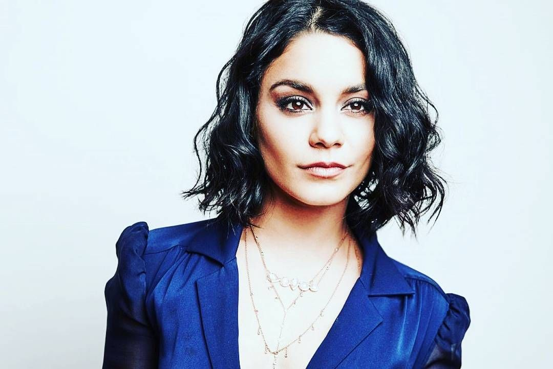 """""""People saying I'm not a Vanessa Hudgens fan... okay... sure. I have an extra IG account, dedicated to what she wears... but yeah, I'm not a fan …"""""""