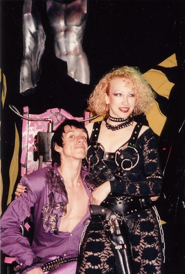 Iggy pop was bisexual