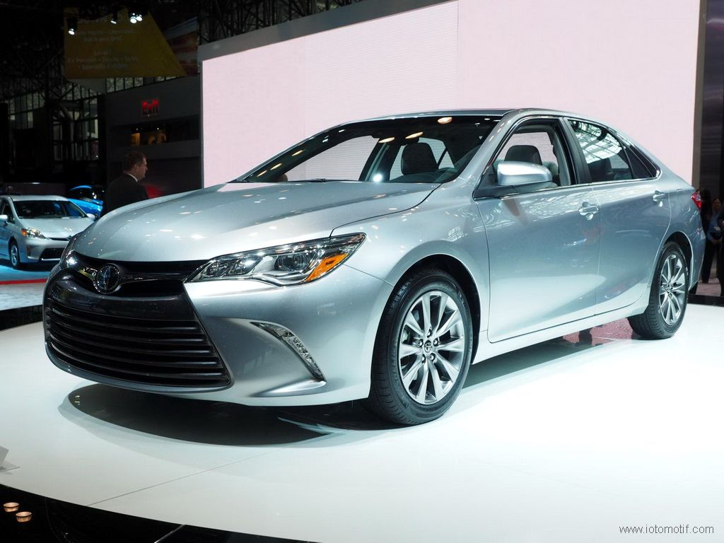 2017 toyota camry release date toyota pinterest release date engine and toyota