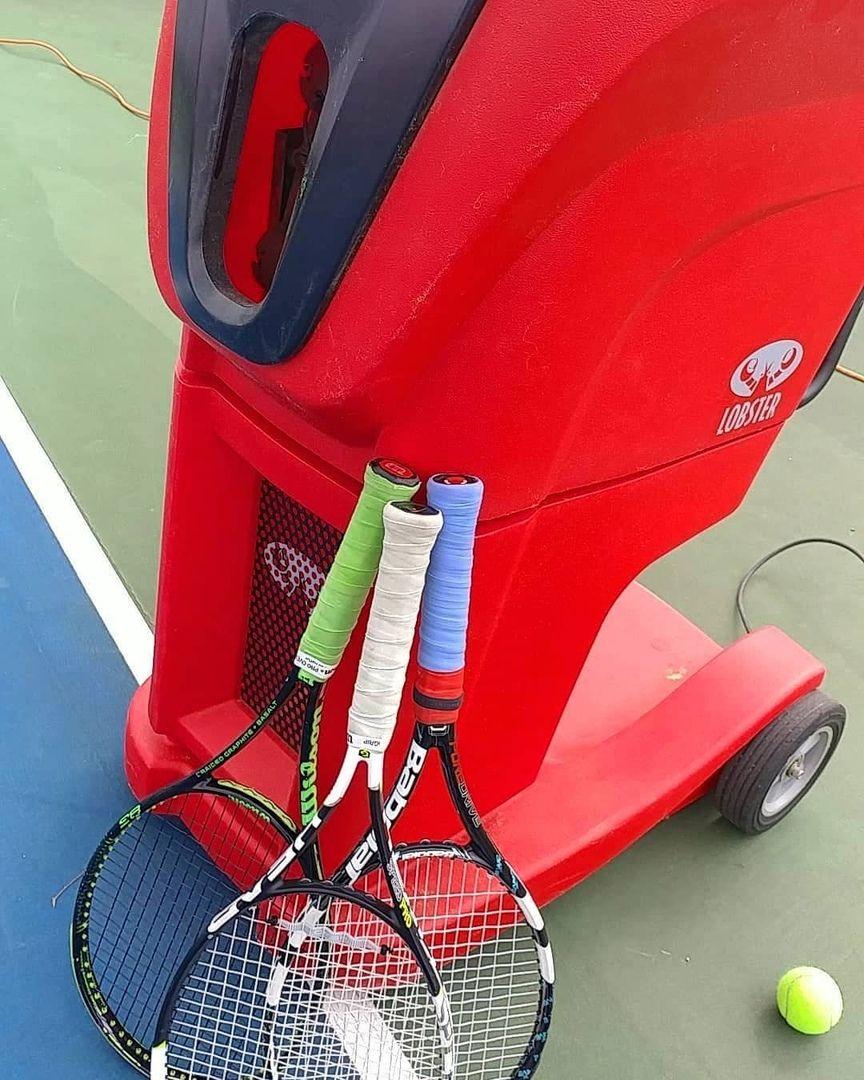 Choosing The Perfect Tennis Ball Machine Tennis Gear Tennis