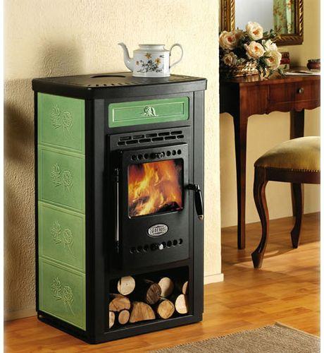 Tiny and stylish wood burning stove with heating plate for a small home. - Tiny And Stylish Wood Burning Stove With Heating Plate For A Small