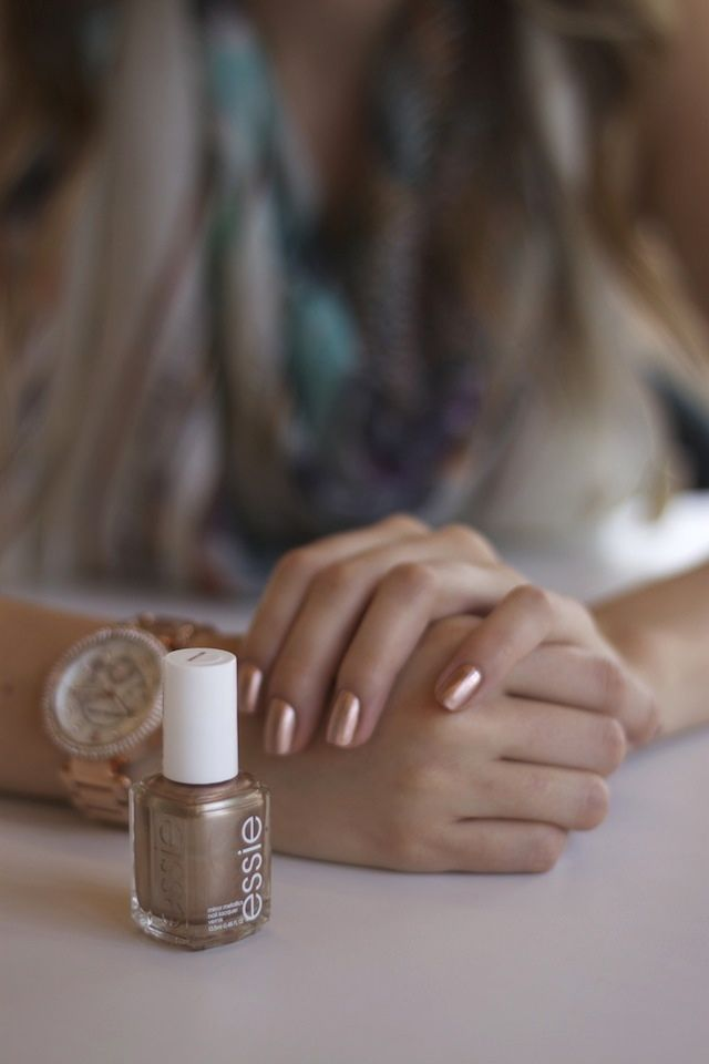 essie rose gold. | All things girly | Pinterest | Metallic nails ...