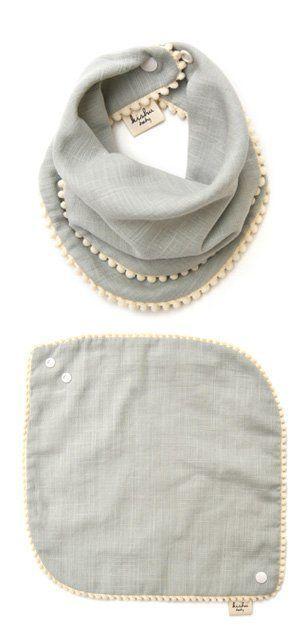 Amazon.com: baby kishu Mädchen Lätzchen 2-teilig Salbei und Lavendel Pom Pom L..., #2teilig ...