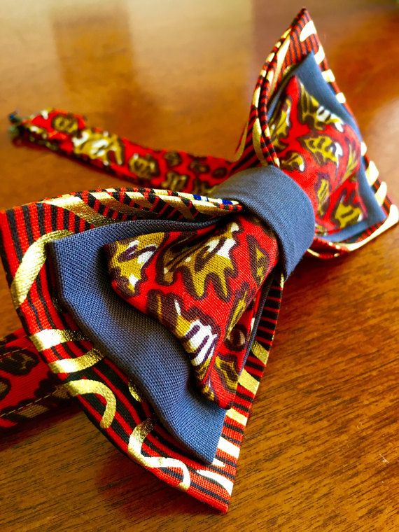 ROBERT Kids Floral Pre-Tied Bow Tie