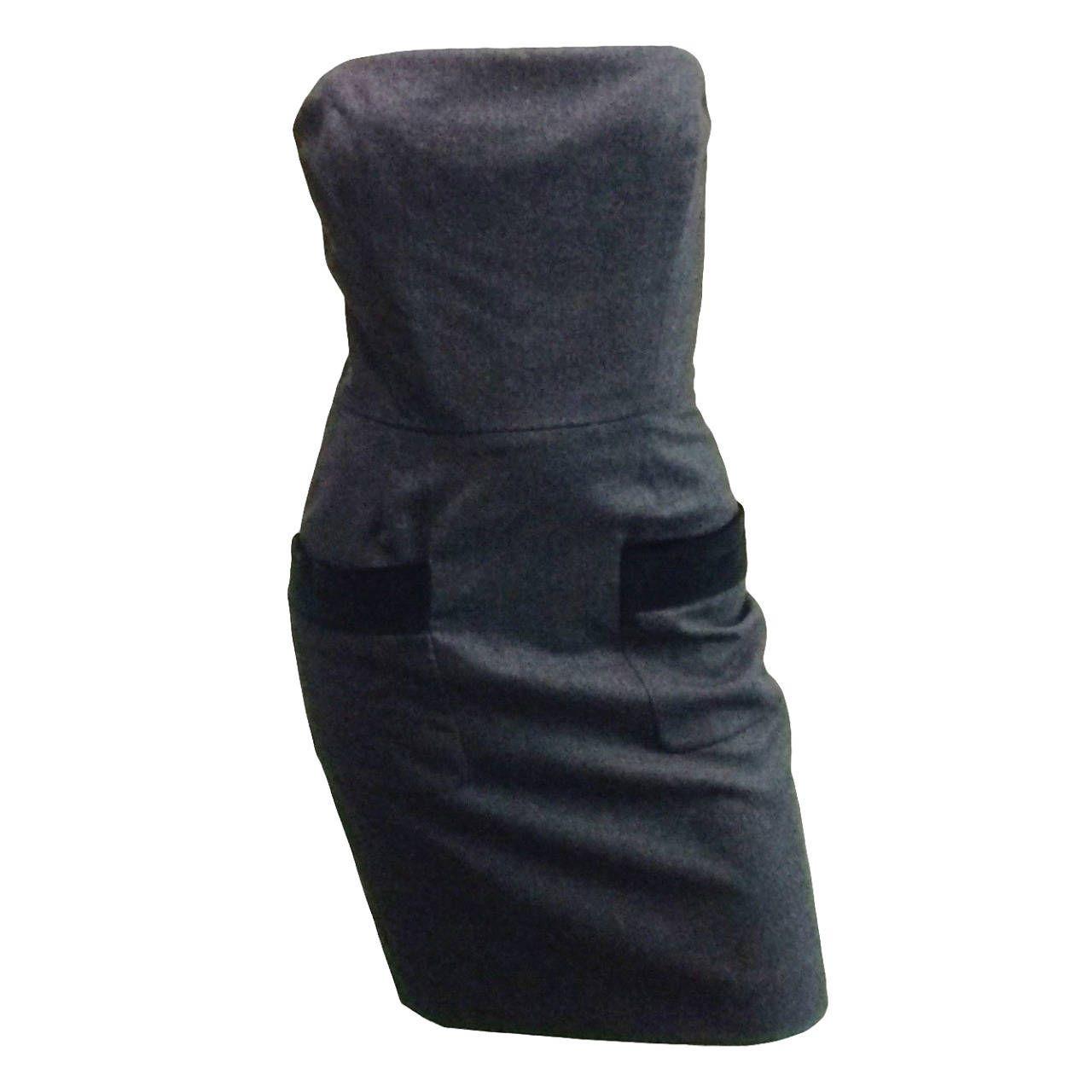Isaac mizrahi s strapless wool with velvet pocket trim dress