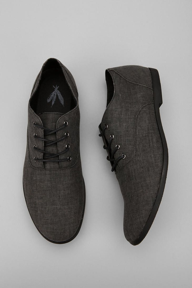4d7a84f35f7 Urban Outfitters - Feathers Canvas Stentorian Oxford