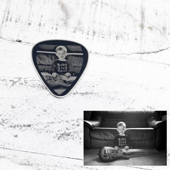 Double Sided Guitar Pick - Gifts for Him - Music - Guitar pick - Custom Guitar Pick - I Pick You - Engraved Pictures - Father's Day Gift #customguitars