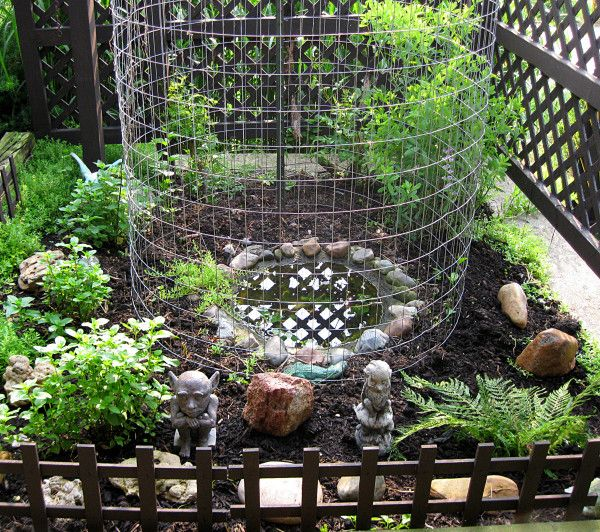 Cute little frog pond.   Porch garden, Ponds backyard, Pond