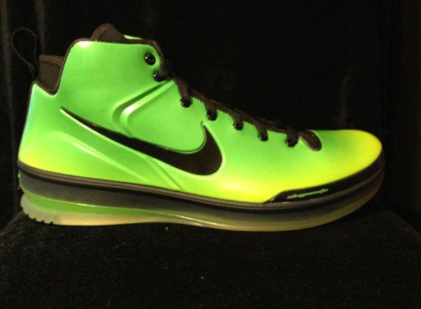 premium selection 84c54 0e3e4 Nike Skyposite Kryptonate www.uofnike.com