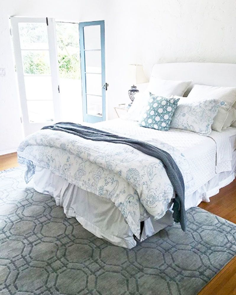 My Bedroom Master Bed In Beverly Hills Spanish Style House Silver Grey Cococozy Ring Rug And Whi Small Master Bedroom Master Bedroom Rug Home Decor