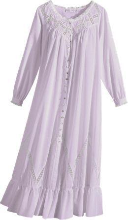652474179f Eileen West Robes