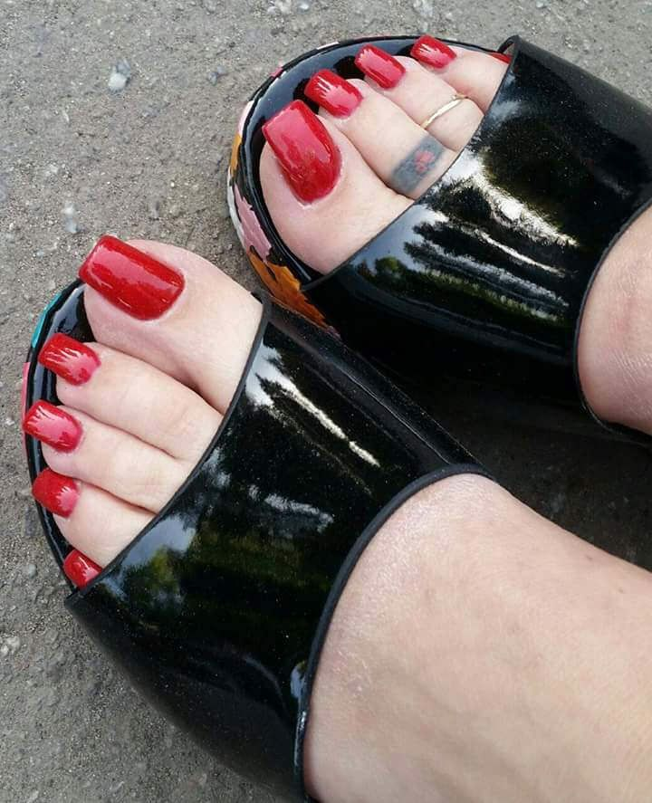 facebook_1448384895883.jpg | Long Toe Nails | Pinterest | Red ...