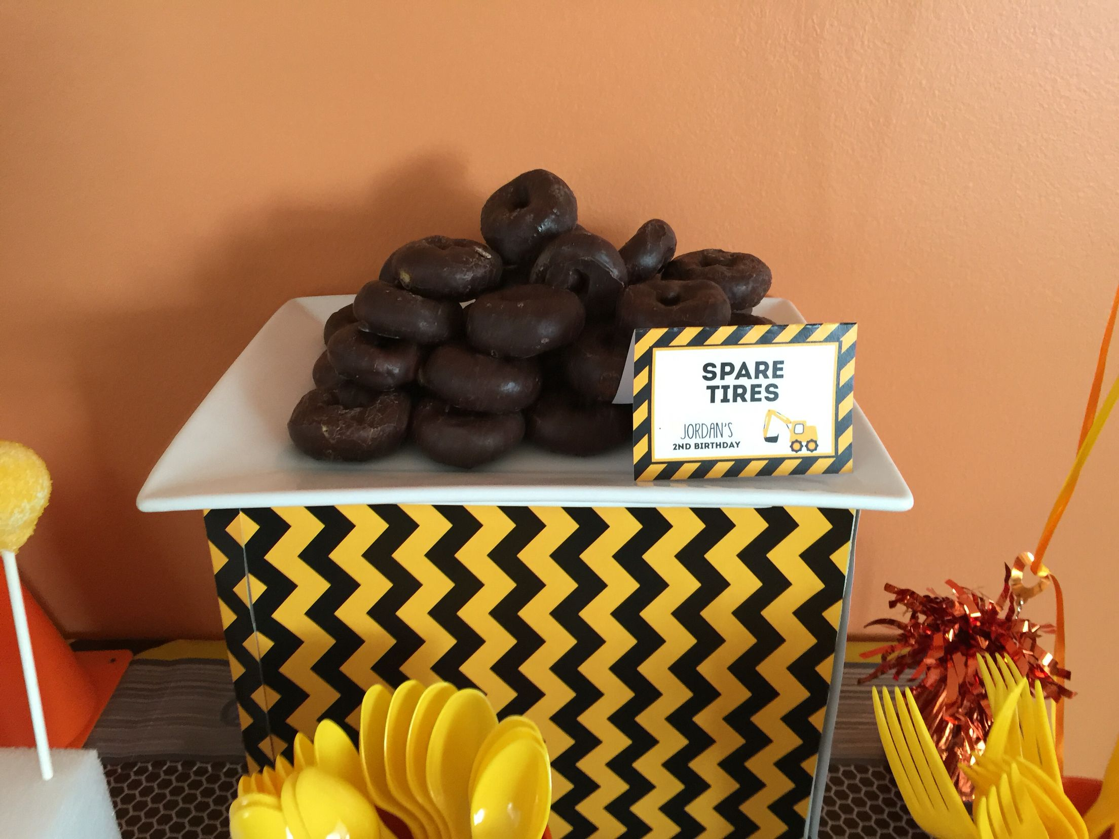 Construction Themed Birthday Party: Food Ideas