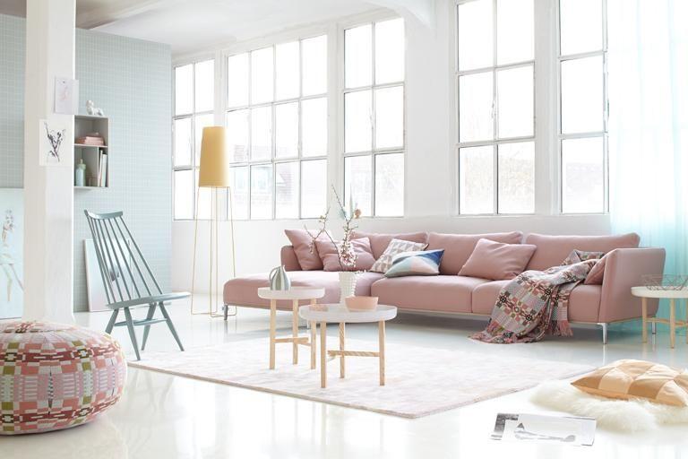 Wohnen mit Farbe - Pastell als Wandfarbe mit farbigen Möbeln