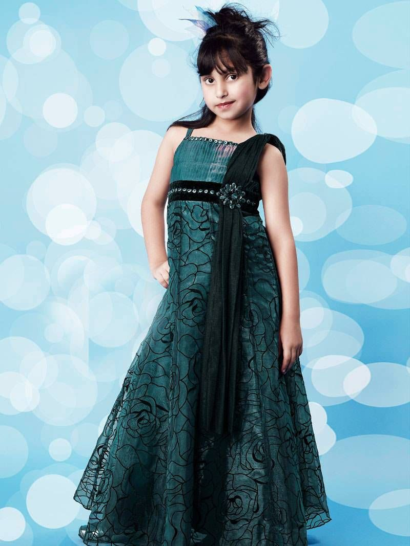 Latest Trends Of Mehndi Dresses 2015-2016 For Kids - The News Track ...