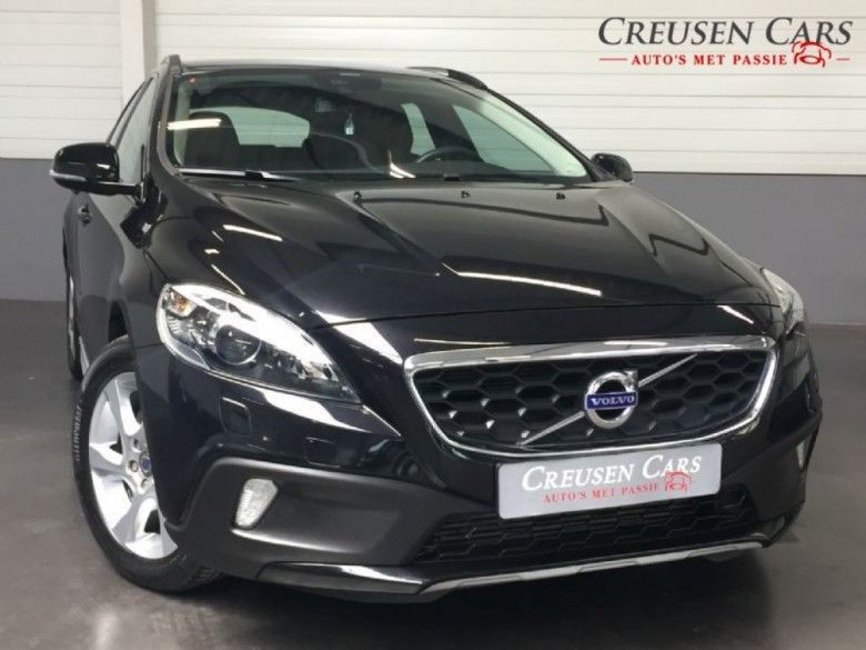 Volvo V40  Description: Volvo V40 Cross Country 2.0d3 summum//Xenon//Leder//Camera//PDC  Price: 286.79  Meer informatie