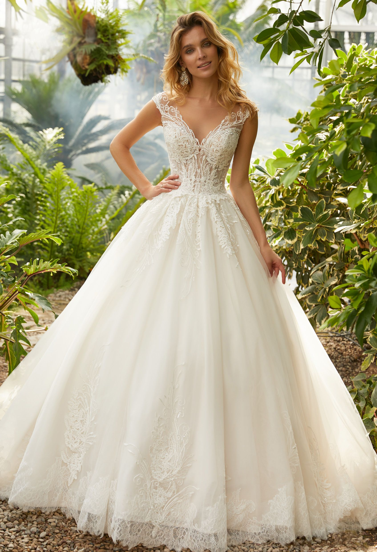 Die aktuelle Brautmode Kollektion - AVINIA  Brautkleid prinzessin