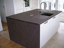 Küchenarbeitsplatte U2013 Wikipedia Vermutlich Auf Trentiner Porphyr    Https://de.wikipedia.