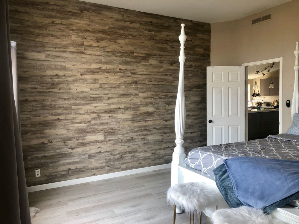 Diy Peel And Stick Vinyl Plank Accent Wall Accent Wall Vinyl Plank Peel And Stick Vinyl