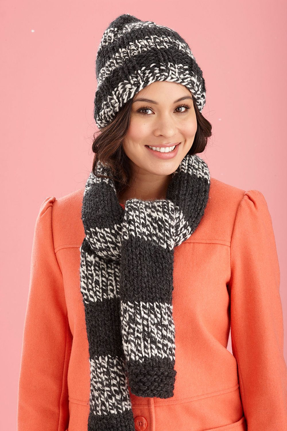c32f70b4d03 Collegiate Hat and Scarf in Lion Brand Wool-Ease Thick   Quick - L20398B