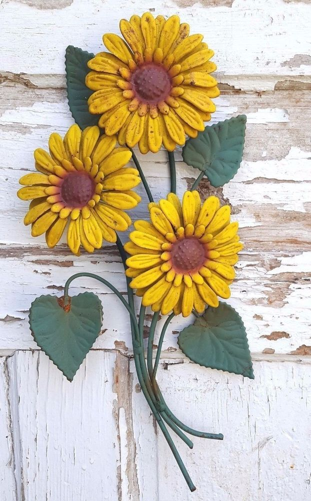 Metal Art Sunflowers Outdoor Garden Porch Wall Decoration Yellow ...