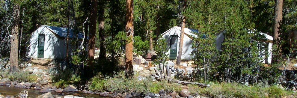 Tuolumne Meadows Lodge has 69 canvas tent with metal-frames and cement platforms. Each tent will accommodate up to four people - and comes . & Tuolumne Meadows Lodge has 69 canvas tent with metal-frames and ...