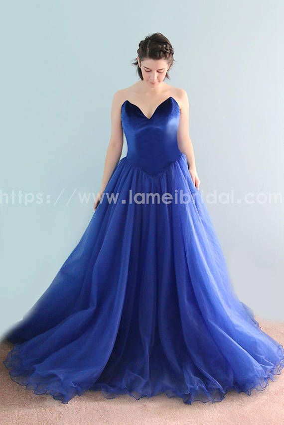 Elegantly Chic Retro Blue Velvet Bridal Wedding Dress