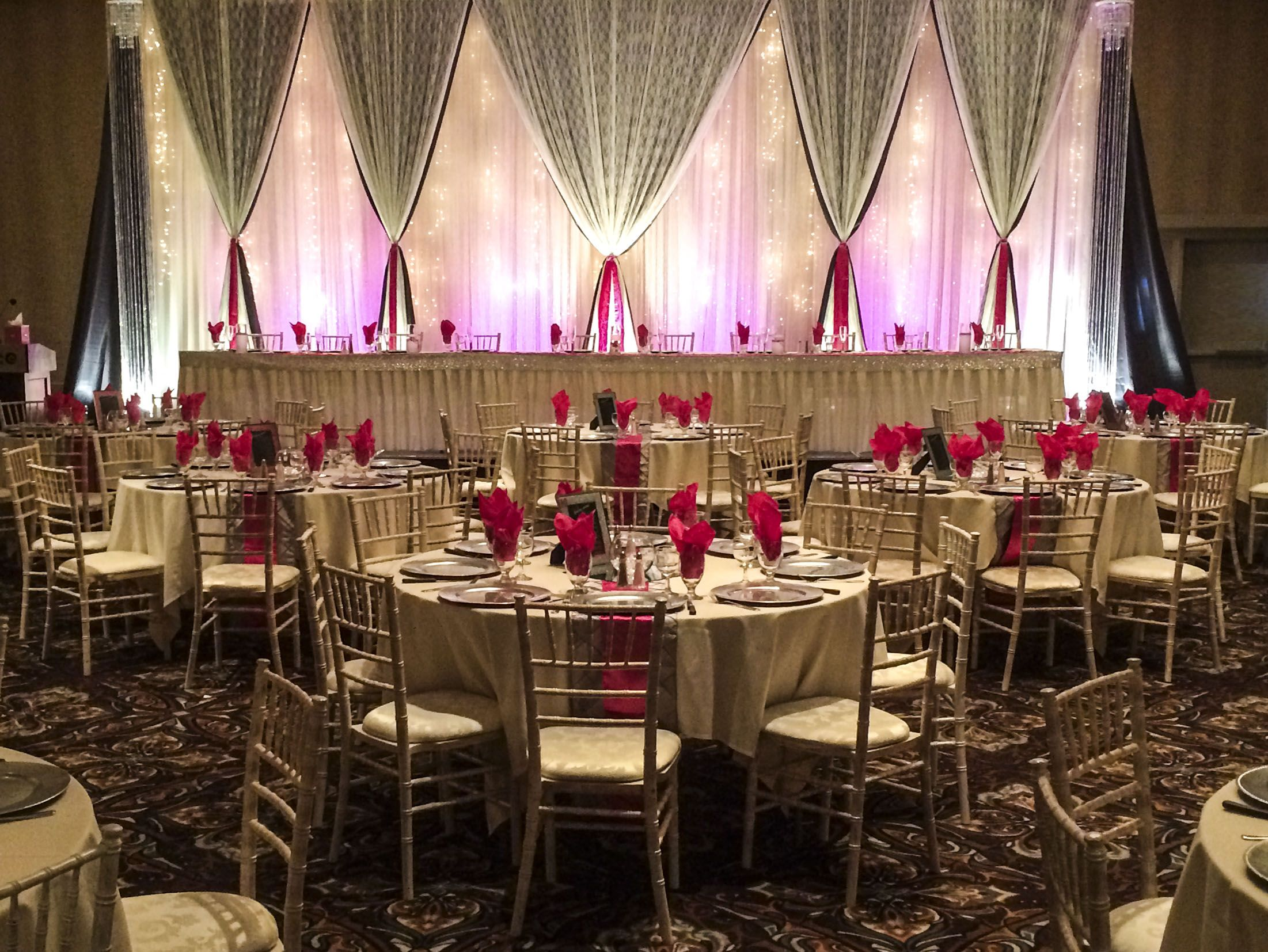 Hot Pink And Silver Wedding Lachefs Lachefsdecor Decor Catering