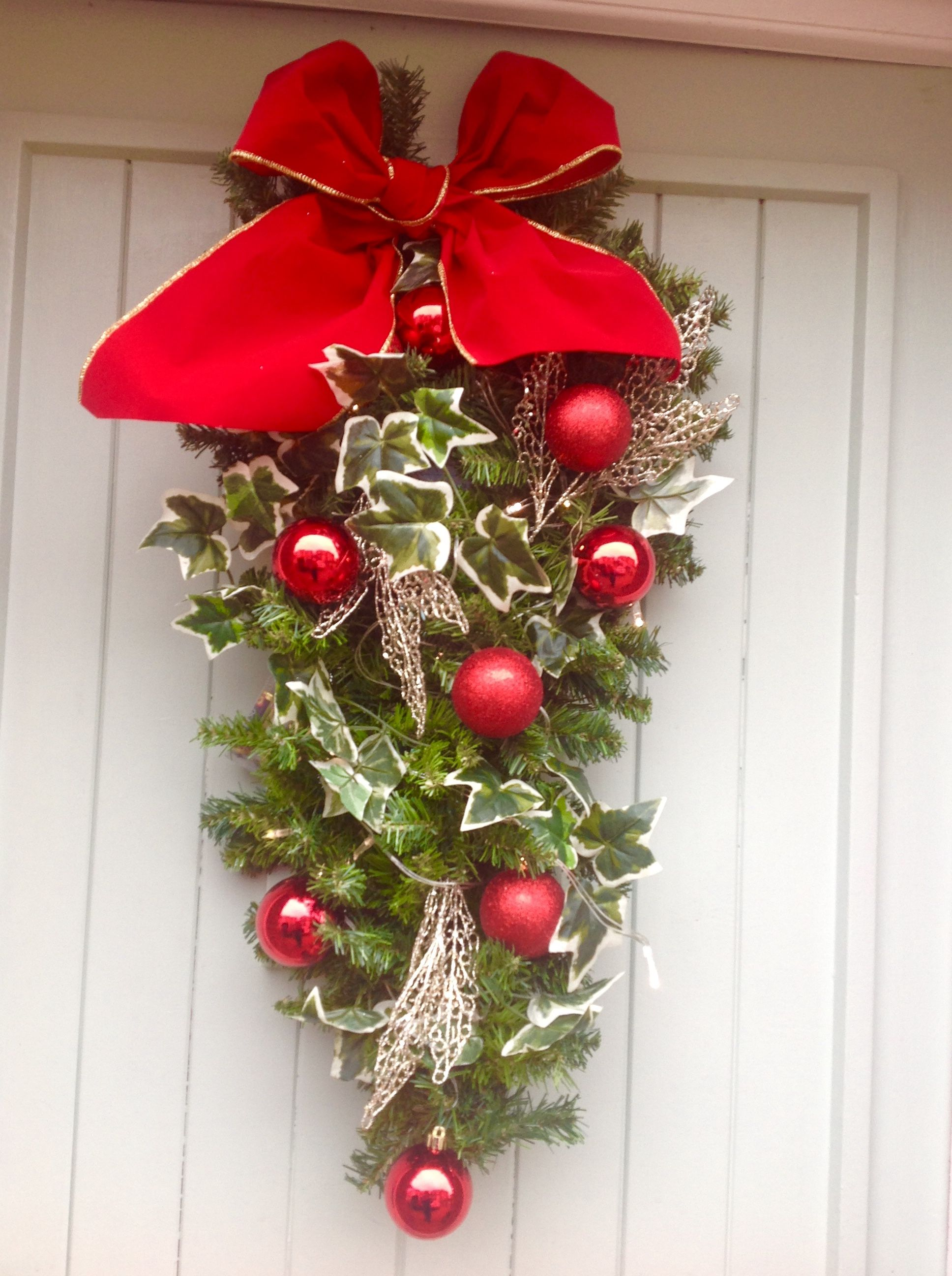 A different door dressing by anyabankschristmasdecorator