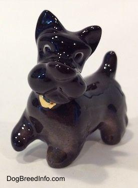 Collectable Vintage Scotthish Terrier Dogs Porcelain Dog Dog Figurines Scottie Dog