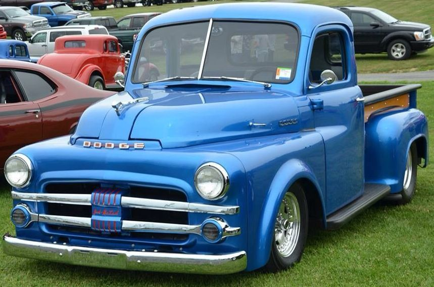 Pin By Victor Manuel On Camionetas Classic Pickup Trucks Dodge Pickup Trucks Old Dodge Trucks