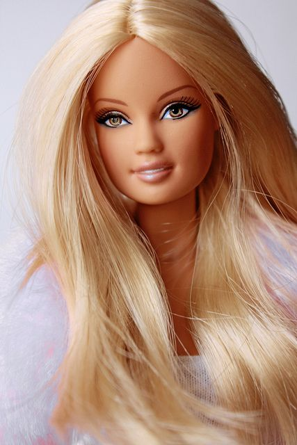 ce3c3aa2f4737 Gorgeous blonde Barbie doll!!! | I am A Barbie Girl!!!❤ | Barbie ...